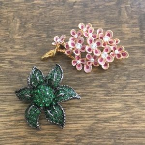 Jewelry - Vintage rhinestone and enamel floral pin, brooches